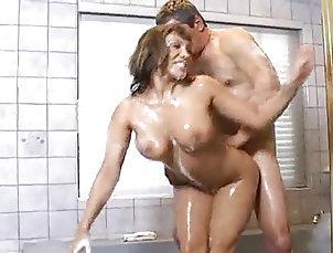 Asian;Big Boobs;Massage;MILFs;La Tina;Big Tits Ava Devine soppy...